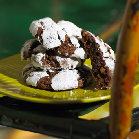 Dark Chocolate Raisin Crinkles