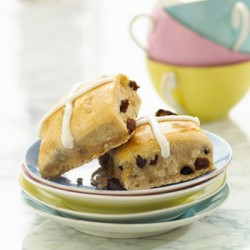 Raisin-Hot-Cross-Buns-350x350