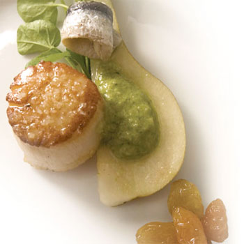 Sea-Scallops-Green-Salsa-Raisins-Pears-350x350
